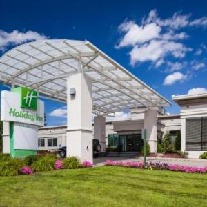 Icenter Salem Hotels - Holiday Inn Salem