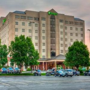 Hotels near Rushmore Plaza Civic Centre - Holiday Inn Rushmore Plaza