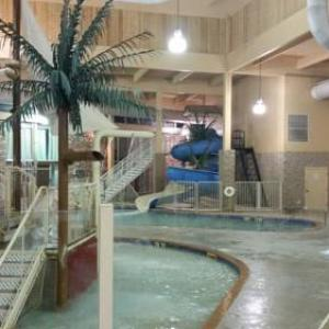 Fire Hall Theatre Hotels - Grand Forks Inn & Suites