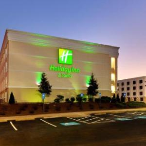 Holiday Inn & Suites Atlanta Airport North GA, 30344