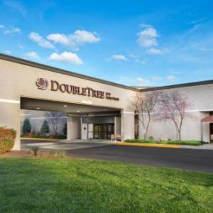 DoubleTree By Hilton Lawrence