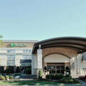 Molly Malone's Covington Hotels - Holiday Inn Cincinnati Riverfront