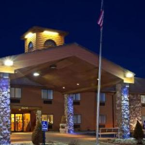 Hotels near The Eclectic Room Angola - Holiday Inn Express Fremont Angola Area