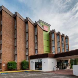 Macon Coliseum Hotels - Red Roof Inn Suites Macon