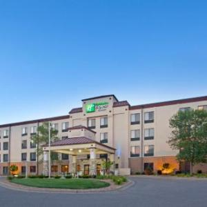 Hotels near Hopkins Pavilion - Holiday Inn Express Hotel & Suites Minneapolis - Minnetonka