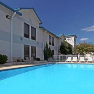Country Inn Suites By Radisson Hotel Bryant