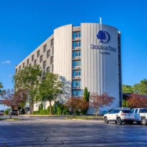 Hotels near Oshkosh Arena - Holiday Inn Appleton
