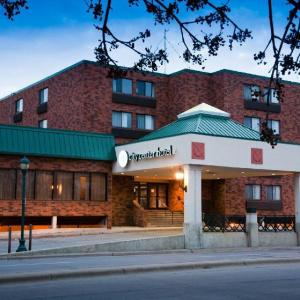 All Seasons Arena Mankato Hotels - Mankato City Center Hotel