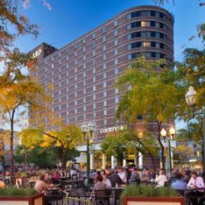 Hotels near Cedar Cultural Center - Courtyard By Marriott Minneapolis Downtown