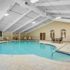 Hotels near Lake Terrace Lakewood - Days Hotel Toms River Jersey Shore