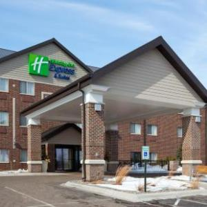 Holiday Inn Express Hotel & Suites St. Paul -Woodbury