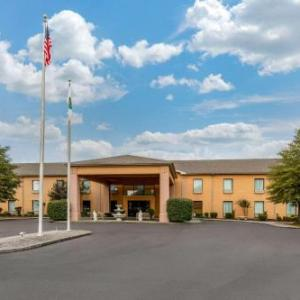 Kentucky Opry Hotels - Quality Inn & Suites Benton - Draffenville