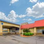 Econo Lodge Inn & Suites Triadelphia
