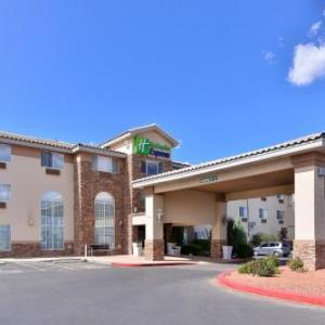 Holiday Inn Express Hotel & Suites Farmington