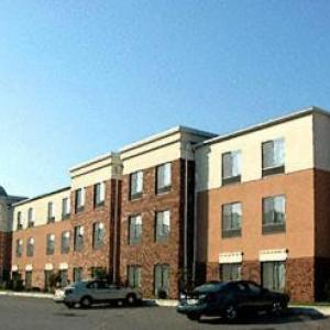Hotels near Maryland International Raceway - Springhill Suites By Marriott Prince Frederick