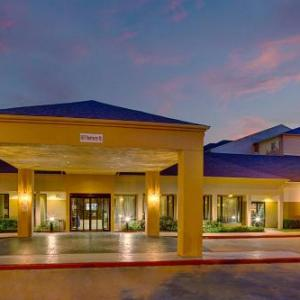 Courtyard By Marriott Westchase