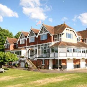 Temple Island Meadows Hotels - Leander Club