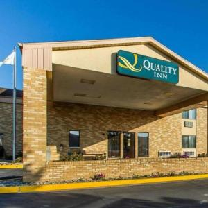 Burlington Memorial Auditorium Hotels - Quality Inn Burlington