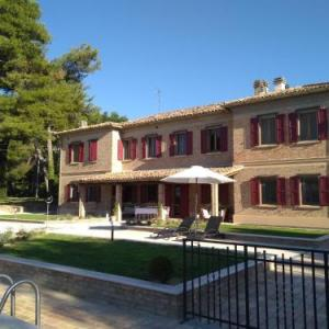 Book Now Villa Fonti (Orciano di Pesaro, Italy). Rooms Available for all budgets. Featuring a garden with an outdoor pool Villa Fonti offers self-catering accommodation in Orciano di Pesaro. Free Wi-Fi access is available throughout.With mountain views all