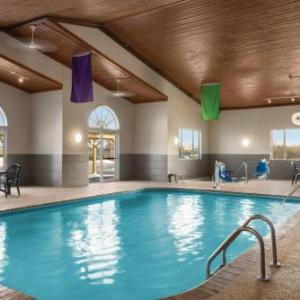 Hotels Near Dubuque County Fairgrounds