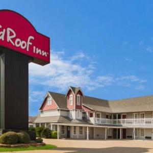 Baylor Ballpark Hotels - Red Roof Inn Waco