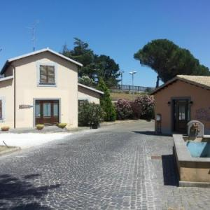 Book Now La francigena (San Lorenzo Nuovo, Italy). Rooms Available for all budgets. Featuring free WiFi and a restaurant La francigena offers pet-friendly accommodation in San Lorenzo Nuovo. Guests can enjoy the on-site restaurant. Free private parking is ava