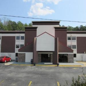Hotels near Adamsville Recreation Center - Quality Inn & Suites Atlanta Six Flags