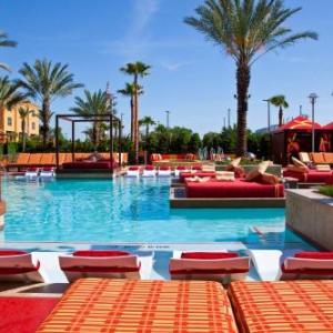 Harrah's Gulf Coast Great Lawn Hotels - Golden Nugget Biloxi