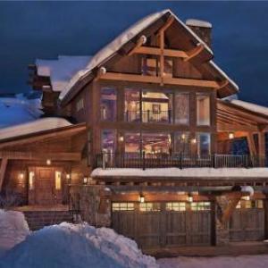 Sun Ridge Lodge - Exquisite 5BR Home   Private Hot Tub