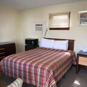Highlander Inn
