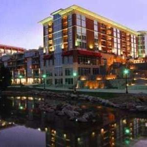 The Peace Center Greenville Hotels - Hampton Inn & Suites Greenville-downtown-riverplace