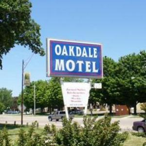 Hotels near Steele County Fairgrounds - Oakdale Motel