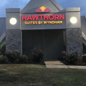 Hawthorn Suites by Wyndham Columbia