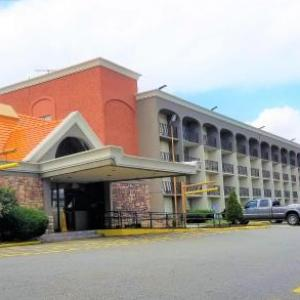 Hotels near Bliss Lounge - Howard Johnson By Wyndham Clifton Nj