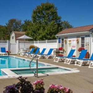 Hotels near Boothbay Railway Village - Flagship Inn