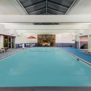 University of Southern Maine at Gorham Hotels - Ramada Plaza Portland
