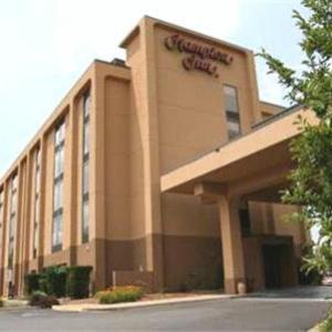 Hotels near Lyell B Clay Concert Theatre - Hampton Inn Morgantown