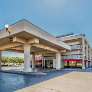 Hotels near Mars Music Hall - Clarion Inn Huntsville Research Park