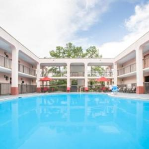 Hotels near Hank Aaron Stadium - Baymont by Wyndham Mobile/I-65
