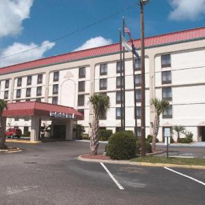 La Quinta Inn by Wyndham Columbia SE /Fort Jackson