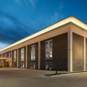 Hotels near Lied Center of Kansas - Hampton Inn Lawrence
