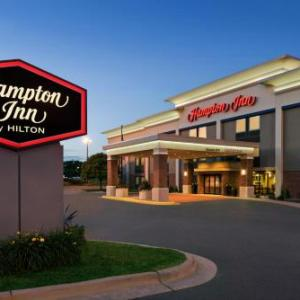 Grand Theater Wausau Hotels - Hampton Inn Wausau