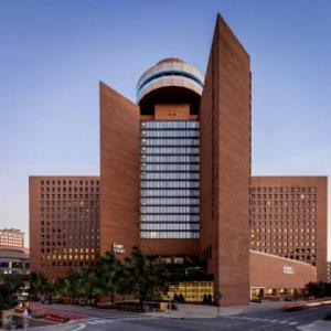Hotels near Hilbert Circle Theatre - Hyatt Regency Indianapolis