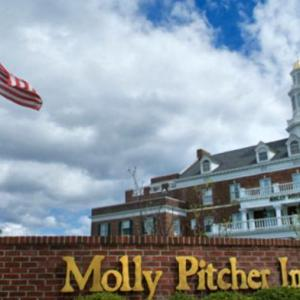 PNC Bank Arts Center Hotels - Molly Pitcher Inn