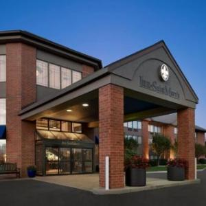 Coveleski Stadium Hotels - The Inn At Saint Mary's