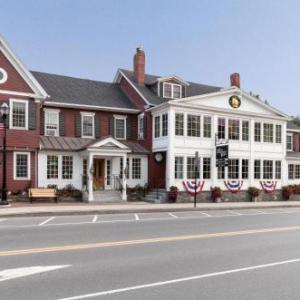 Hotels near Spruce Peak Performing Arts Center - Green Mountain Inn