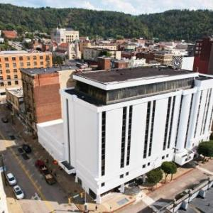 Hotels near Capitol Theatre Wheeling - The McLure Hotel and Suites