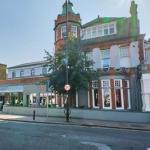 Hotels near All England Lawn Tennis Club - Dog and Fox