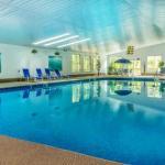 Cape Cod Hotels - Even'tide Resort Motel & Cottages