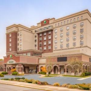 Tippecanoe County Amphitheater Hotels - Holiday Inn Lafayette-City Centre